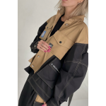 Two-tone jacket with detachable pockets