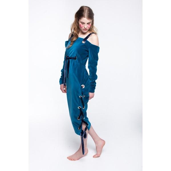 Velvet ribboned dress