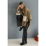 Transformer-trench coat with detachable pockets