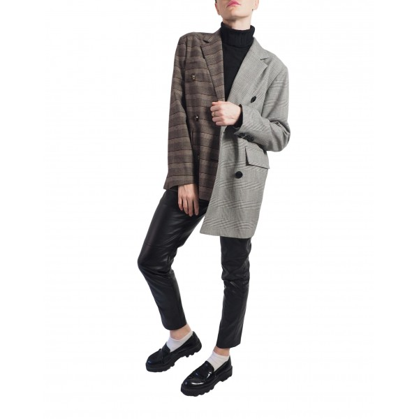 Brown plaid and black and white plaid asymmetric double-sided buttonned jacket