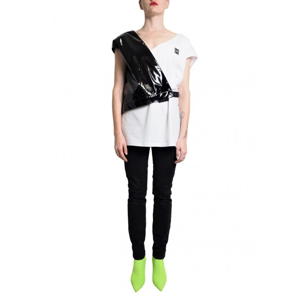 Asymmetric cotton top with laquered faux leather detail