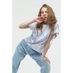Basic T-shirt with blue applique