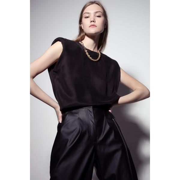 Black top with shoulder pads